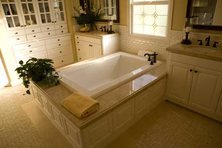 Walk-In Showers and Bathtub Replacements